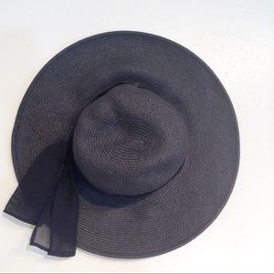 BIJOUX TERNER Black Straw Bow Sash Vacation Hat